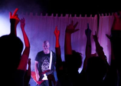 Électrifié jusqu'au bout des médiators, le quatuor vous propose une virée blues-rock jubilatoire.